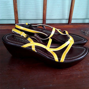 Donald J. Pliner women sandals size 7.5M